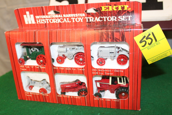 1/64 INTERNATIONAL HISTORICAL TOY TRACTOR SET,