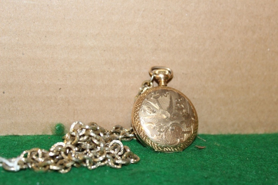 LADY WALTHAM 16 JEWEL POCKET WATCH WITH CHAIN