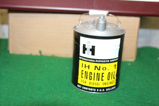 1/16 IH NO. 1 OIL CAN COIN BANK BY FIRST GEAR, IN