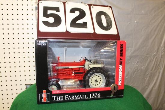 1/16 FARMALL 1206, PRECISION KEY SERIES 1, BOX