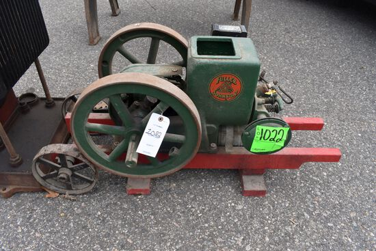 Fuller Johnson 2HP Gas Engine, Wyco Plug, Older Restoration, SN:168111, On 2 Wheel Truck