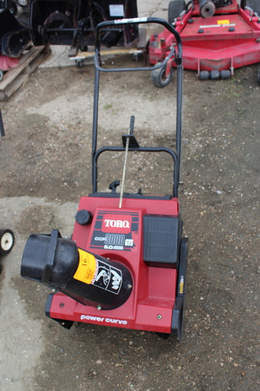 "Toro Snowthrower, CCR 3000 GTS, 5HP, 20"" Cut"