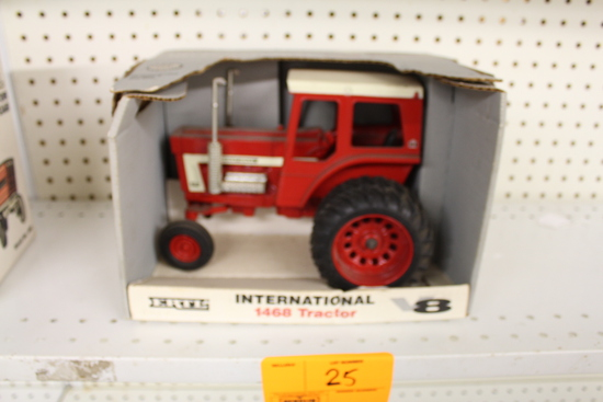IH 1468 V-8 Toy Tractor, Duals, NIB, box has damage