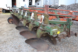 """Oliver 568 5-18"""" Hyd Reset Plow, Semi Int, Coulters"""