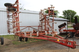 Wilrich 34 ½' Pull Type Field Cult, Walking Tandems On Main Frame & Wings,