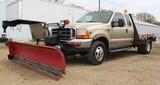 2000 Ford F-350 Lariat Ext. Cab Dually Pickup, 4 x 4 Lockouts, Triton V-10,