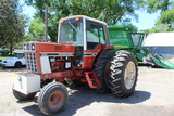 1977 IH 1086 Tractor, 10.00-16 Fronts, 18.4-38 Rear Duals, 3 Hyd,