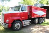 1988 Freightliner Tandem Truck, 3306 CAT Engine, 9 Speed 089477 18' Steel Box,