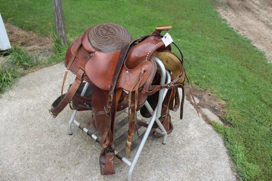 """Balance Ride Hereford 15 1/2"""" Saddle"""