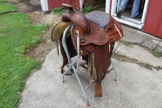 """Circle Y Yoakum Texas 15 1/2"""" Roping Saddle"""