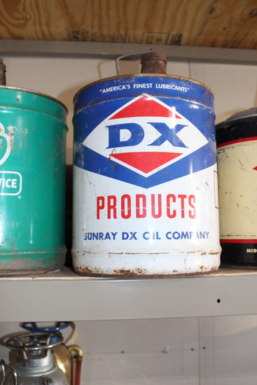 Sunray DX Oil Company 5gal oil can, has some rust on bottom