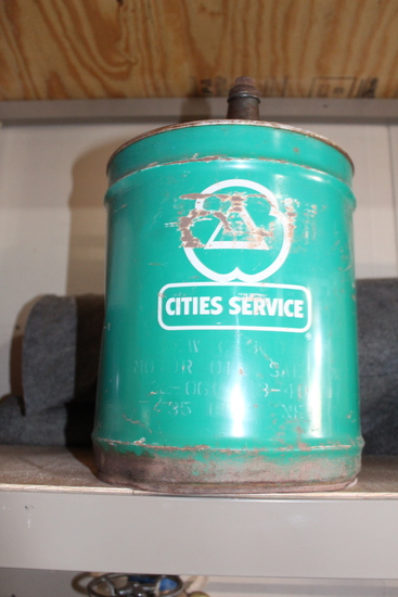 Cities Service 5gal oil can, rust on bottom