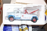 1957 R-200 INTERNATIONAL TOW TRUCK TOY, BY FIRST GEAR