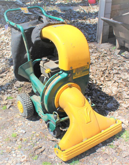 YARDMAN MTD, 5.5 HP SELF-PROPELLED SHREAD CHIP VAC