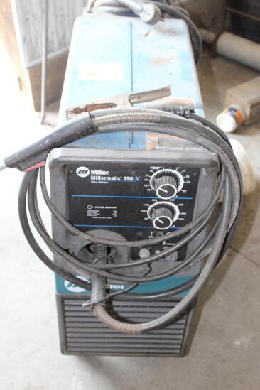 MillerMatic 250 Wire Welder on Cart, .035 Wire, No Tank