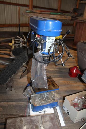 CUMMINS 5 SPEED TABLE TOP DRILL PRESS
