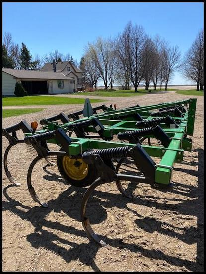 1996 John Deere 610 14' Chisel Plow, Mounted, (2) 5.90-15 SL Gauge Wheels, (14) TruDepth Shanks,