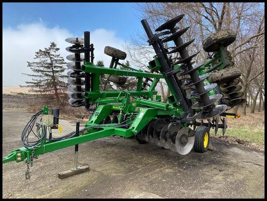 "2011 John Deere 637 23'7"" Rock Flex Disk, 24"" x .256 Solid Sphere Front & Rear, Walking Tandems,"
