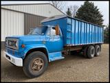 1975 Chevy C-65 Tandem Axle Twin Screw Truck, 5&4 Spd, 427 Gas Eng., Roll Tarp, 20' Steel Box /Hoist