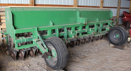 Great Plains Solid Stand 14 Press Drill, Mounted, (2) Front Gauge Wheels,
