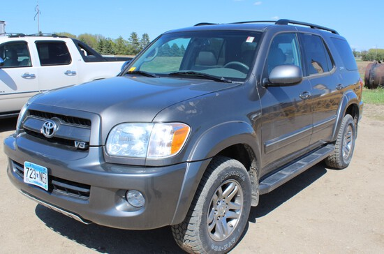 2007 Toyota Sequoia SR5 4x4, iForce 4.7L V8, Auto Trans, Leather Bucket Front Seats,