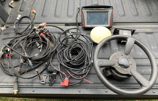 CaseIH FM750 Guidance, Trimble Steering Controller, Receiver, wiring harnes