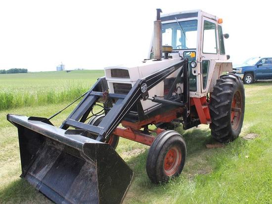 Case 970 Tractor, Cab, Heat, Diesel, 4x3 PS, 18.4-34 Rears, 2 Hyd Plus Fass
