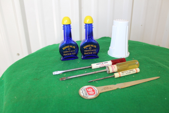 Gas and oil advertising, Service Oil Co Morris MN, screwdrivers, letter ope