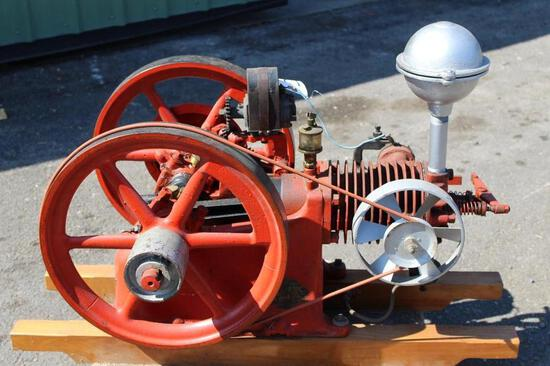 "The Iowa Line ""Associated Mfg"" 2HP Horizontal Gas Engine, Air Cooled with Mag and Oiler"