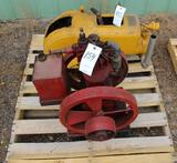 Home Power 1.5HP Vertical Gas Engine, Complete,