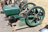 Wonder 6HP, Gas Engine, Complete with Mag and Oiler, Fuel Tank