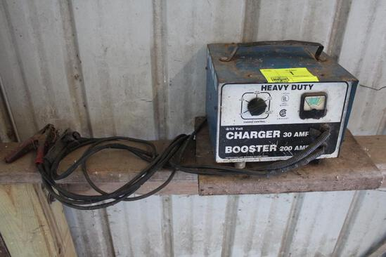 FORD BATTERY CHARGER/BOOSTER