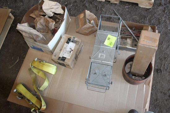 SMALL LIVE TRAP, AC PULLEY, RATCHET STRAPS AND MORE (PALLET)