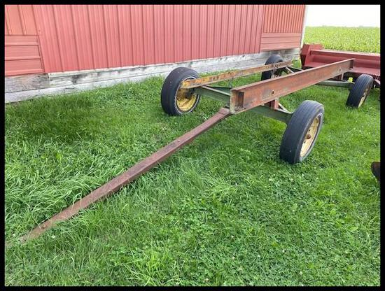 JD 943 4 Wheel Combine Head Trailer, for up to 15' heads