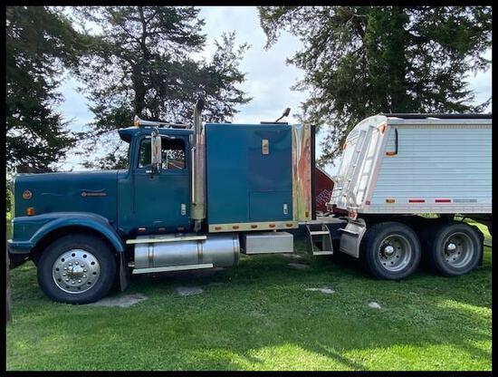***1989 International 9300 Eagle SBA Semi Tractor, 855 Cummins Big Cam, Jake Brake,