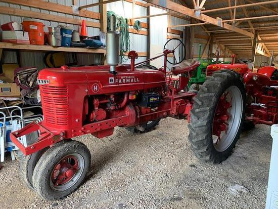 1940 Farmall H, NF, 12.4-38 Rears on Flat Spoke, Super H High Compression