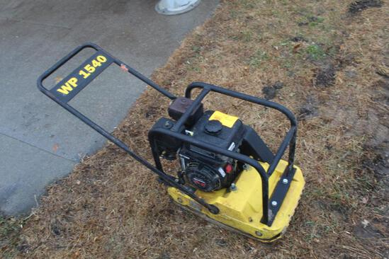"""WP 1540 PLATE COMPACTOR WITH HONDA GX160 5.5 HP ENGINE, PLATE SIZE; 15"""" X 22"""""""