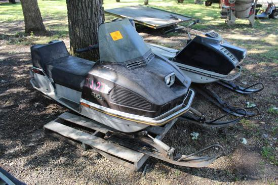 ***1974 Artic Cat 440 Panther VIP, Snowmobile, Cylinder Temp Gauges, MIles Showing 4721, VIN- 004016