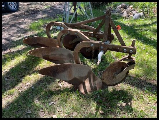 "Ferguson 3-14"" Mounted Plow, Coulters, 14-AO-28"