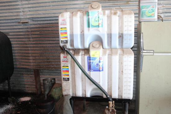CENEX 70 & 100 GALLON POLY BULK OIL STAND ON STAND,