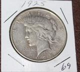 1925 PEACE SILVER DOLLAR, EXTRA FINE