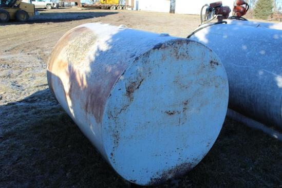 500 GALLON FUEL BARREL, NO PUMP, WAS USED FOR WASTE OIL, APPROX ABOUT 75 GALLONS IN TANK