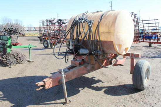 400 Gal Pull Between Cart, Hyd Pump, Poly Tank, with Ag Chem 3 Section Controller