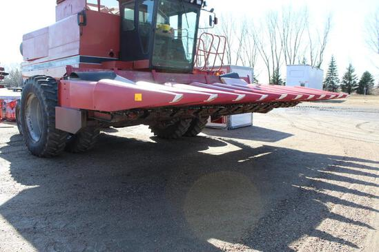"Case IH 800 Series 10R22"" Corn Head, GVL Poly Snouts, 1000 Series Row Units, Knife Rows, New Knives"