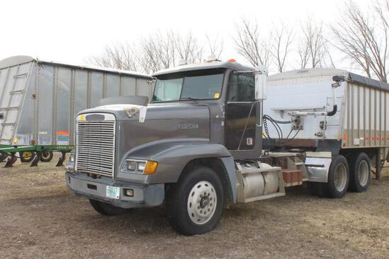 ***1989 Freightliner FLD120 Day Cab Semi Tractor, 3406 CAT @ 425HP, Mechanical, 15 Speed E- F