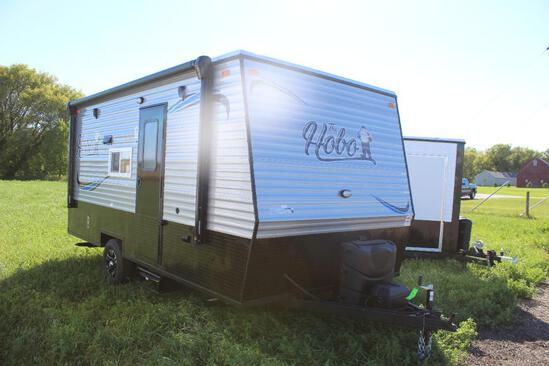 *** NEW 2022 8' X 17' AMERICAN SURPLUS HOBO CAMPER, VALLEY SINGLE AXLE FRAME, DINETTE,