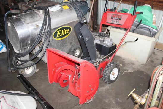 "MTD Yard Machine 8 HP, 24"" Cut Snowblower, 1 Tire Needs Repair"