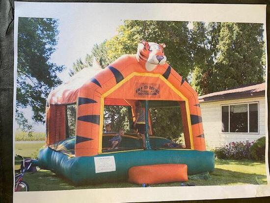 Bounce House, Disassembled