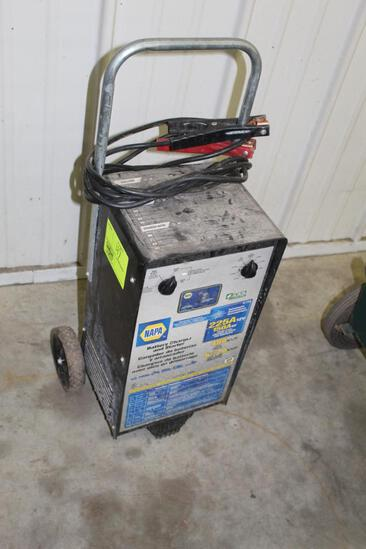 NAPA 225A BATTERY CHARGER AND STARTER