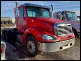 ***2007 Freightliner Columbia Day Cab Semi Tractor